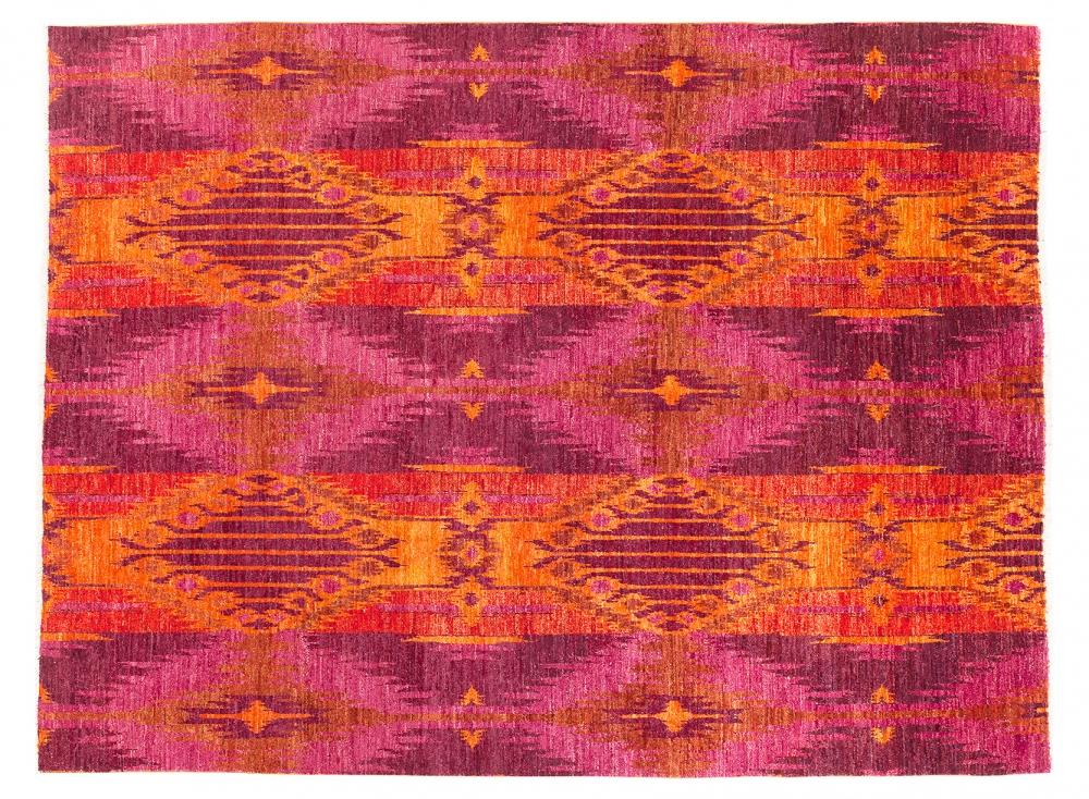 Икат. Дизайн 19 века. Ковер соткан в Индии.<br />Состав шерсть. Размер : 238×310 см. (006053)