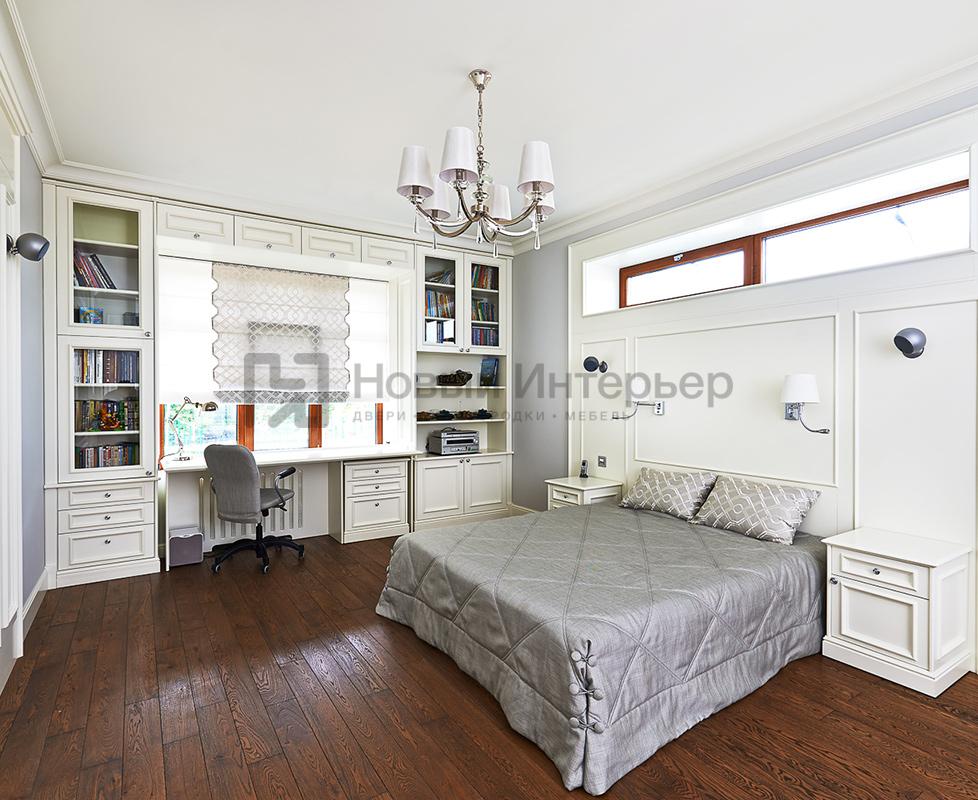 Комната для подростка (книжные шкафы, рабочий стол,прикованные тумбы, изголовье кровати)