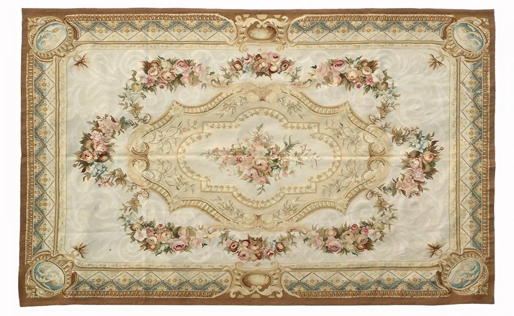 Гобелен Обюссон. Франция. Дизайн конца 18 века.<br />Современная копия. Ручная работа. Состав шерсть.<br />Размер : 178×280 см. (005033)