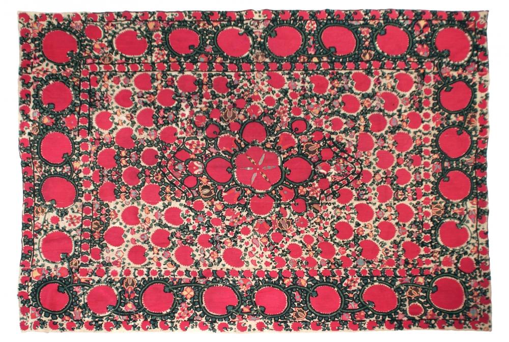 Сюзанне. Самарканд, Узбекистан. Конец 19 века.<br />Состав хлопок. Размер : 177х226 см. (000248с)