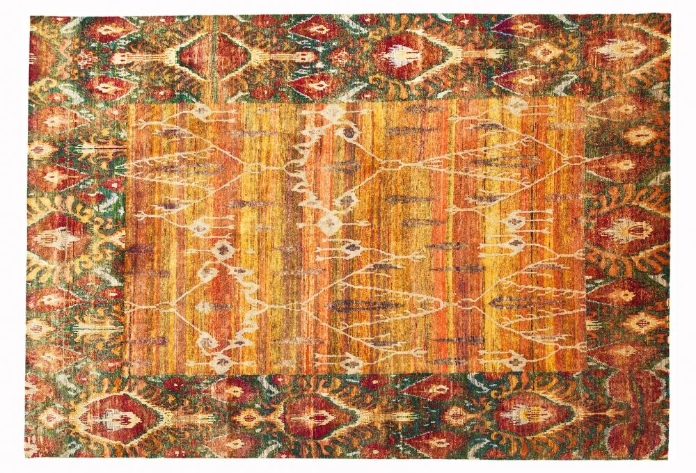 Икат №9. Дизайн Марк Патлис.<br />Ковер соткан в Джайпуре (Индия).<br />Шёлк Сари. Размер : 240х347 см. (006219)