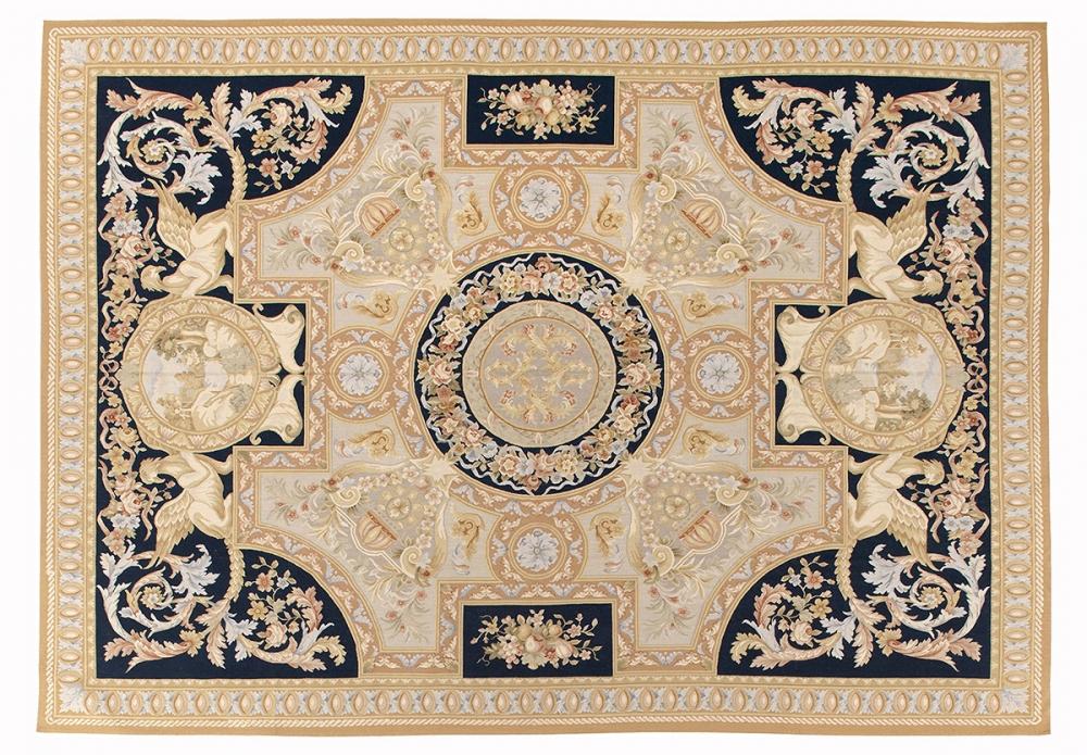 Гобелен Людовик XIV. Дизайн ковра мануфактуры Савонери.<br />2-ая половина 17 века. Современная копия. Ручная работа.<br />Состав шерсть. Размер : 309×440 см. (005584)