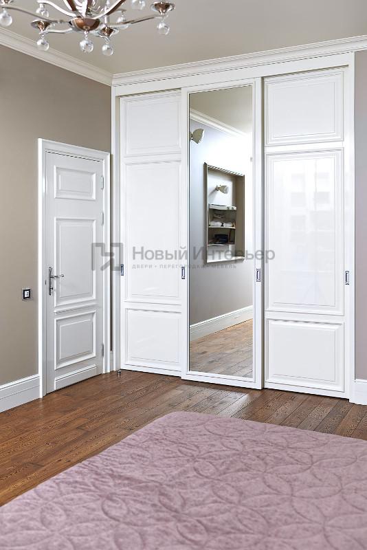 Встроенный шкаф с раздвижными дверями и межкомнатная дверь коллекция Art Studia