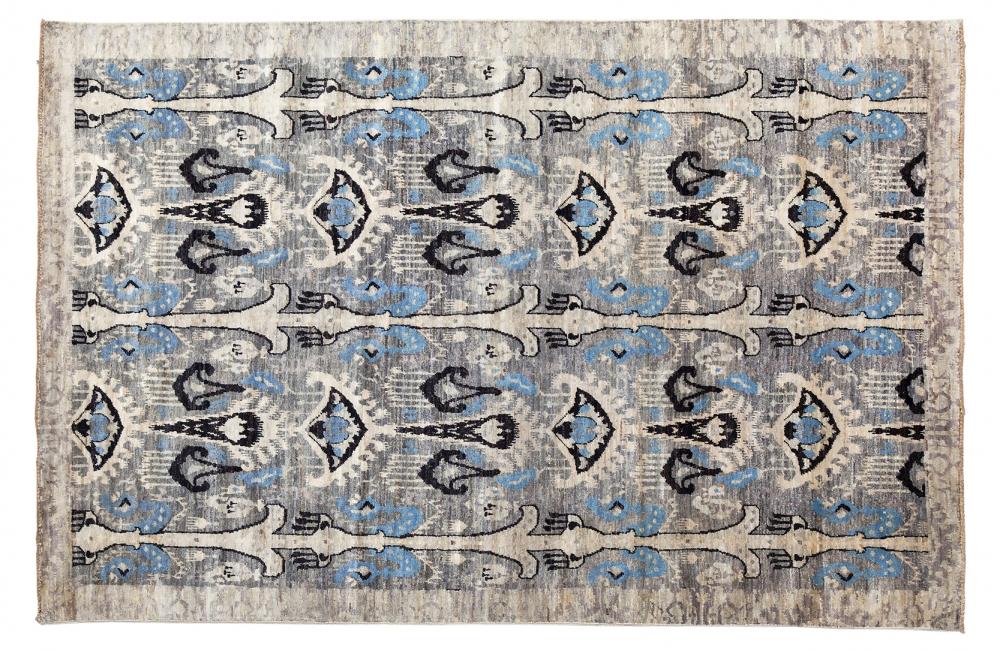 Икат. Дизайн 19 века. Ковер соткан в Индии.<br />Состав шерсть. Размер : 185×271 см. (006223)