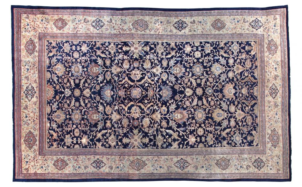 Султанобад. Центральная Персия (Иран). Конец 19 века.<br />Состав шерсть. Размер : 402х612 см. (005347)