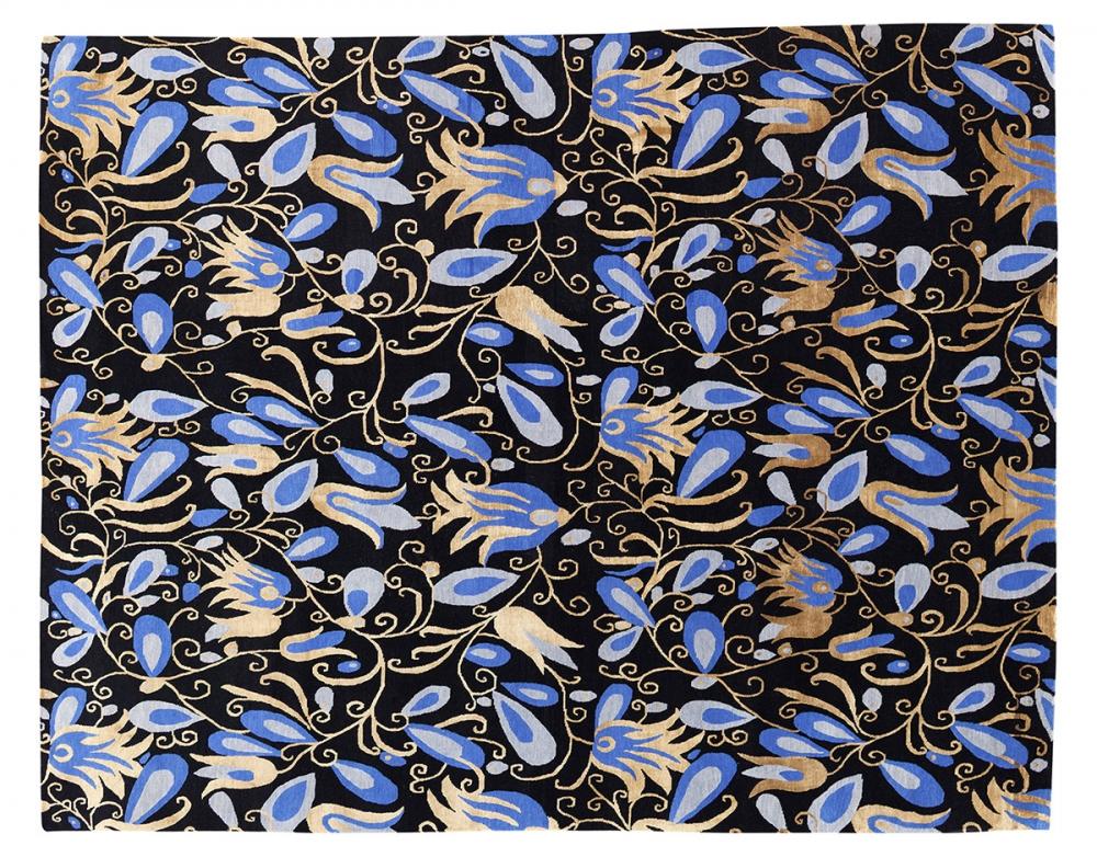 Стилизованный цветочный узор. Неизвестный автор. Лето 1923 г.<br />Ковер соткан в Непале. Состав шерсть, шелк.<br />Размер : 244×310 см. (005885)