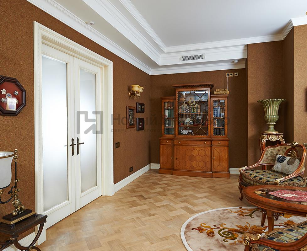 Двухстворчатые крашенные двери коллекция Art Studia модель Pavola, плинтуса Art Studia.