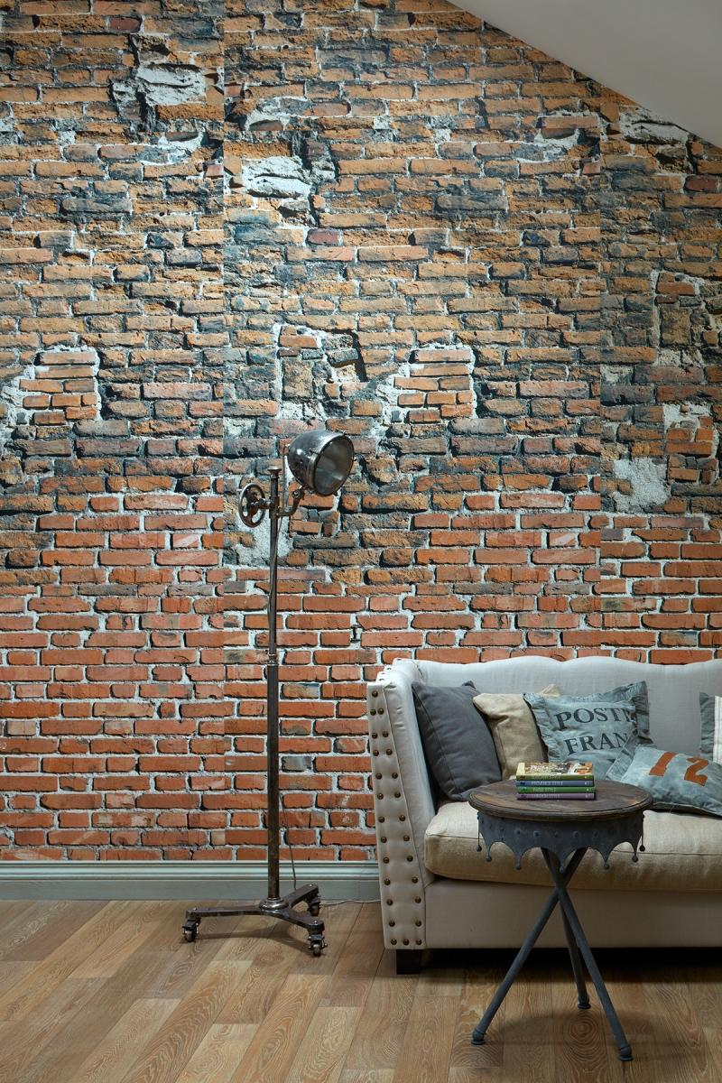 Фрагмент стены в мансарде.