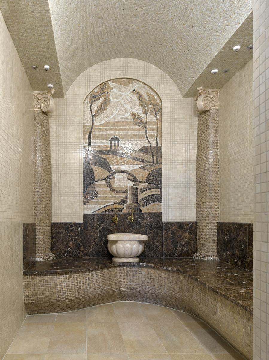 Турецкая баня при бассейне. Авторское панно из мраморной мозаики. Выполнено Михаилом Смирновым.